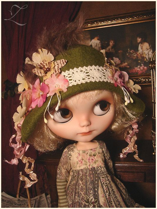 Blythe clothes | Whimsical Cloche Hat | Going Green | Blythe hat | flower hat | wool felt | flamboyant | custom Blythe | Little Bohemians