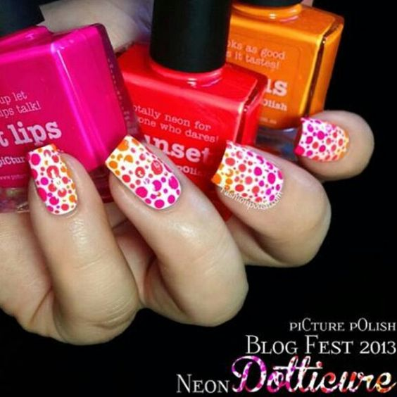 Beauty nail's design, cite color.. this isn't my pic i choose pics from internet (: