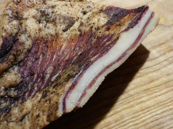 Simple wildschwein pancetta speck raeuchern selber machen trocknen raeuchern poekeln getrocknet R uchern Wurst und Schinken Pinterest Wildschwein