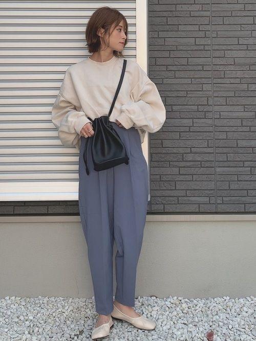 Gu タック コクーン シルエット パンツ 1990円GUタックコクーンシルエットパンツが今っぽコーデに大活躍! mamagirl [ママガール]