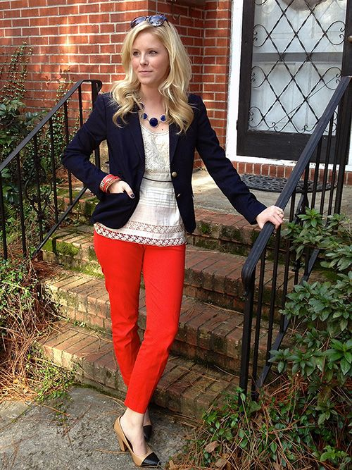 The outfit is great but the gardener is me is not happy with the stoop and the flower bed. Lol: Colored Pants, Blazer Pearls, Fashion, Lace Tops, Navy Blazers, Style Coloured, Belt, Wardrobe Colored
