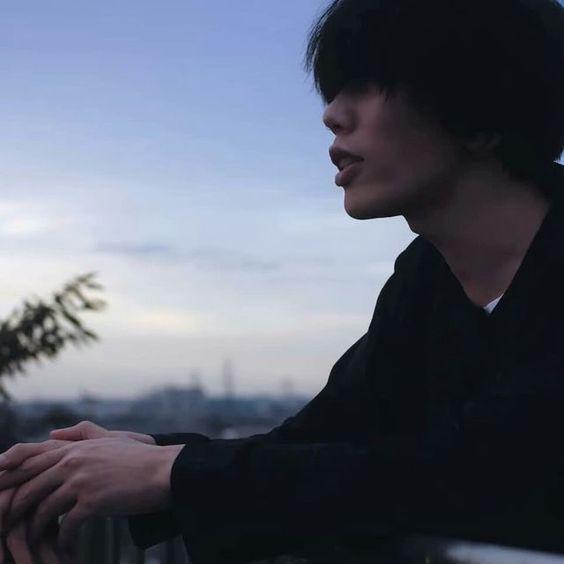 米津玄師の黒