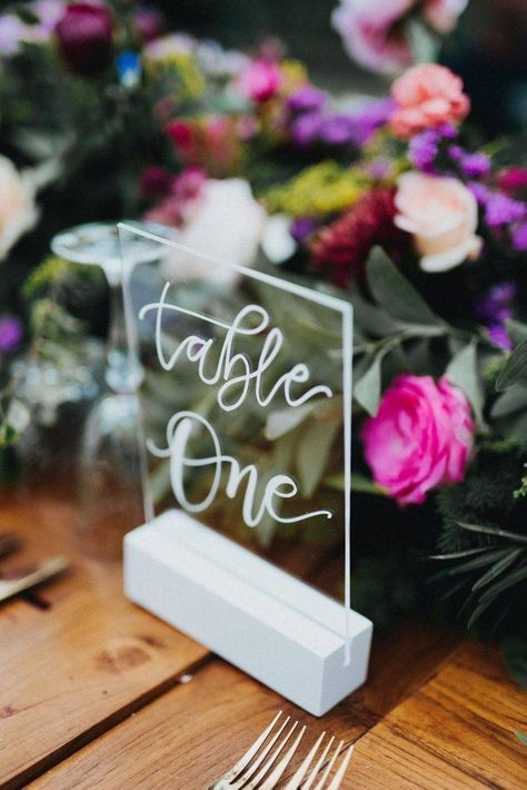 Glass table numbers are simply elegant and modern | Would be nice if it were illuminated