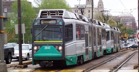 Green Line derailments probably help explain delayshttp://boston.curbed.com/2016/10/13/13267882/green-line-derailments-boston-delays