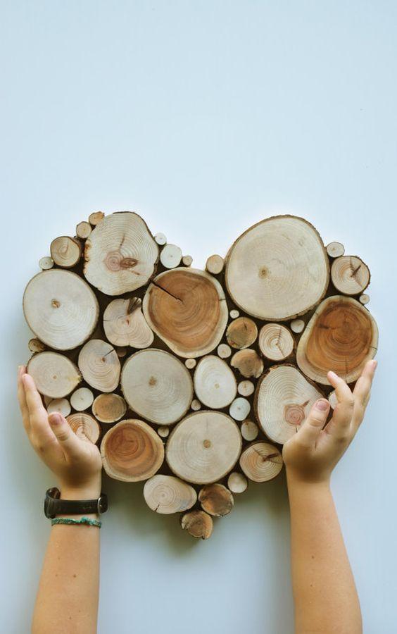 Reclaimed wood Tree Slice Sculpture Made to von WildSliceDesigns: