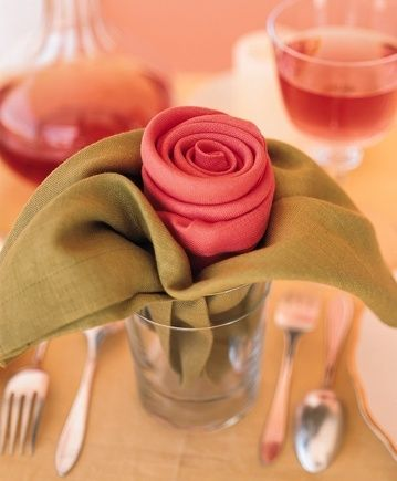 different  way to present napkins
