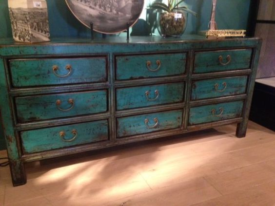Chinese Style Black Distressed Furniture And Drawers On