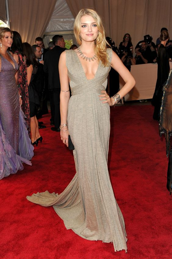 Hot Lily Donaldson  Image 18227 - more at http://modell.photos Topmodel Catwalk 2014 Fashion @Michelle Odell.photos