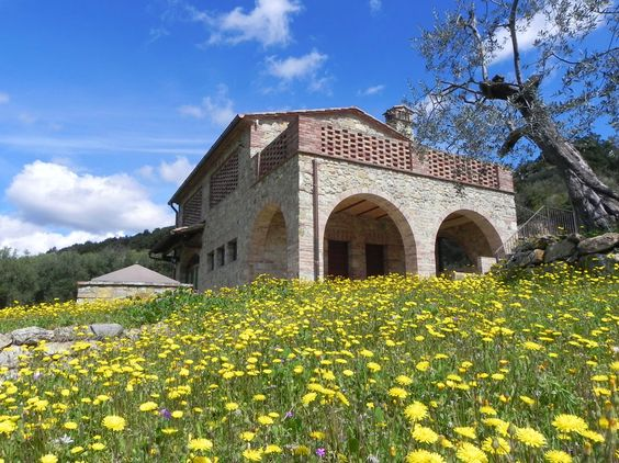 Agriturismo Bagni di Mommialla. www.bagnidimommialla.com