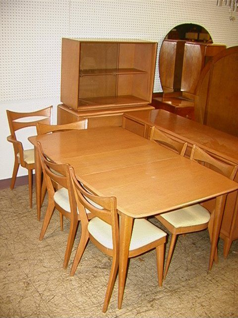 Reference Photo: Cats Eye Chairs And Expandable Triple Wishbone Table: Heywood  Wakefield Dining Room Set. | Warehouse | Pinterest | Wakefield, Dining Room  ...