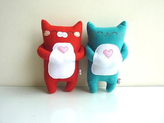 cat plush toys found at dancingintherains on Etsy.