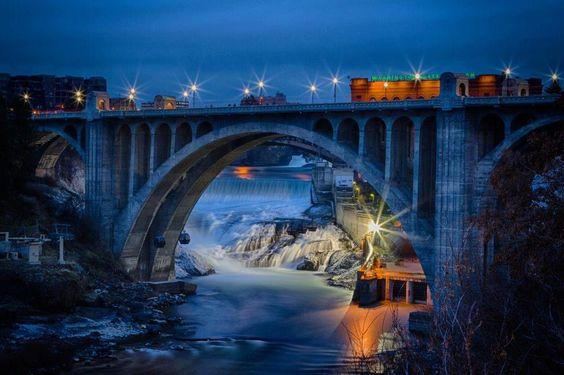 Spokane Falls at Monroe Bridge, Wa