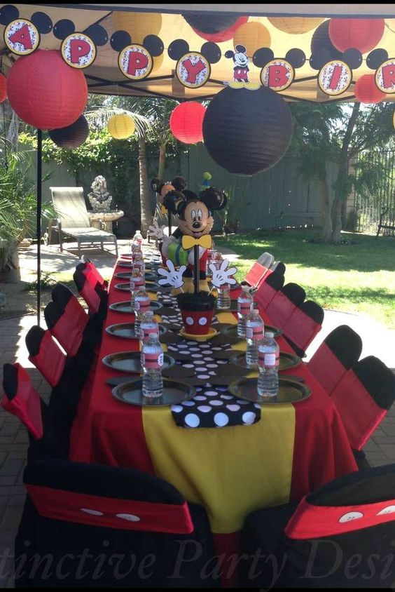 Mickey Mouse Birthday Party table with great party decoration ideas! See more party planning ideas at CatchMyParty.com!