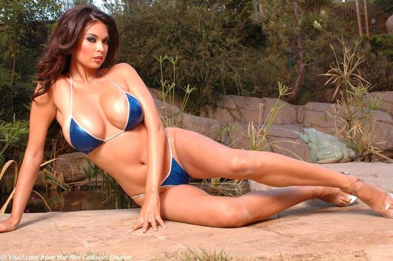 celebrities in bikinis   resource : Wikipedia