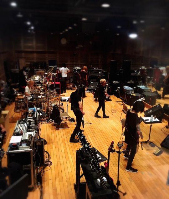Dir en grey rehearsing for mode of Kisou