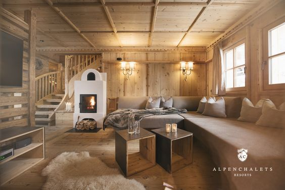 Wohnbereich des Luxus Chalet Sporer Alm im Zillertal Einrichten - luxus raumausstattung shop