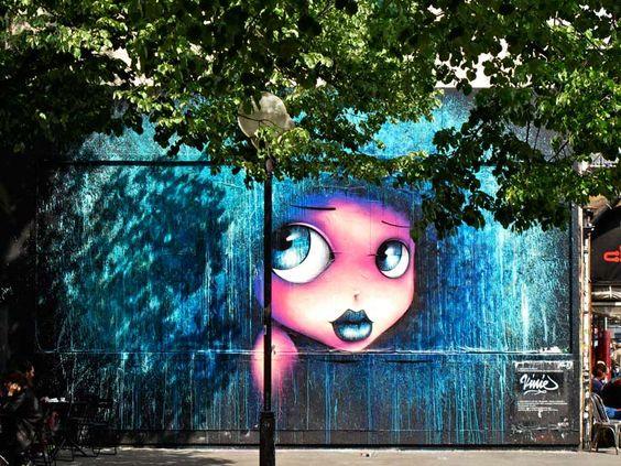 By Vinie - Located in Paris, France