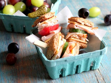 Lunch Box Bites  Turn your plain old school lunch into a work of art with cocktail-sized bamboo skewers!