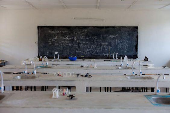 Private Bildungsausgaben für Kinder: Einkommensschwache Familien stärker belastet