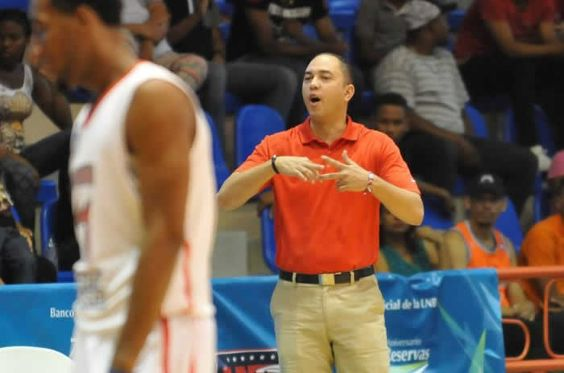 El dirigente de los Leones de Santo Domingo aseguró que su equipo ganará la serie final de la Liga Nacional de Baloncesto para alzarse con la Copa Banreservas, que se disputa desde este miércoles