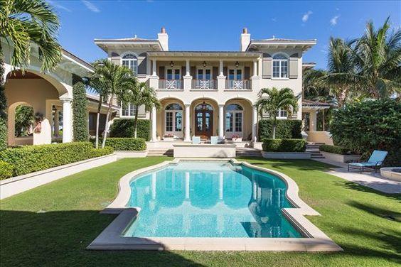 IMPRESSIVE OCEANFRONT ESTATE IN ORCHID ISLAND | Florida Luxury Homes | Mansions For Sale | Luxury Portfolio