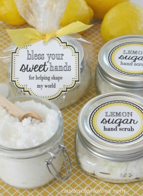 diy lemon hand scrub in mini mason jar with custom gift tag sticker: