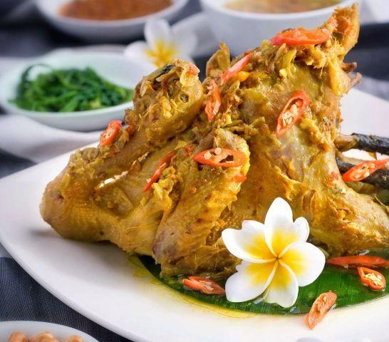 Balinese Traditional Dishes Ayam Betutu Bali Bali Art And Culture Resep Masakan Resep Ayam Masakan