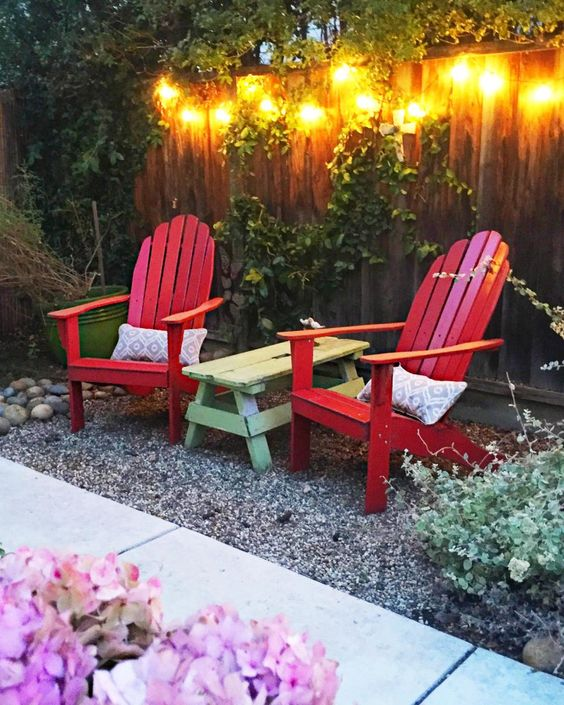 Small outdoor spaces outdoor spaces and patio ideas on for Small space backyard ideas