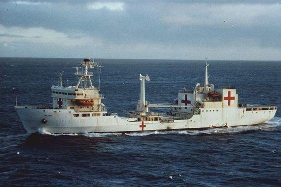 April 2 Malvinas Veterans Day Hospital ship Bahia Paraiso 2 de Abril día del Veterano de Malvinas. BUQUE HOSPITAL BAHIA PARAISO