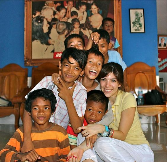 volunteering school expeditions asia cambodia