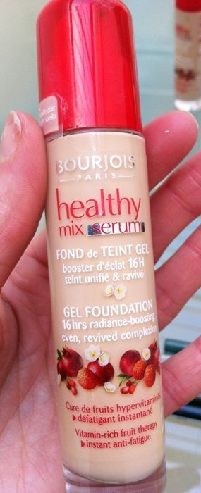 Bourjois Healthy Mix Foundation in 52 vanilla - great for natural dewy look