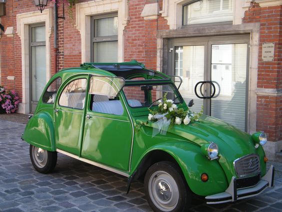 Mariage and vintage on pinterest for Decoration 2cv mariage