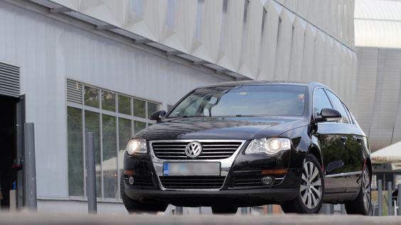 VW Passat 1.9 TDi, BLUEMOTION An fabricatie: 2010 / Numar locuri: 5 / Numar usi: 5 Capacitate cilindrica: 1896…