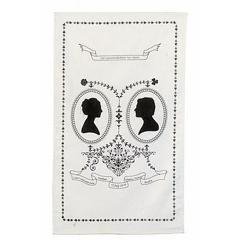 Been searching high and low for the perfect favour. I love the idea of printed tea towels!