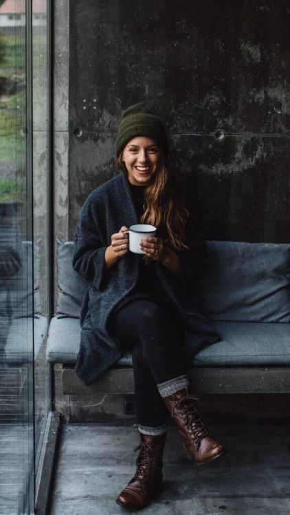 brown boots, winter outfit, green hat, navy long cardigan, black leggings