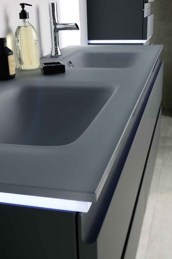 Halo on pinterest for Meuble de salle de bain facq