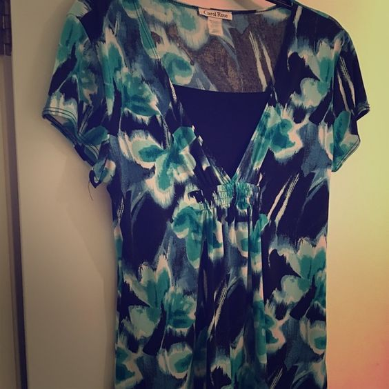Casual top Short sleeve shirt with shades of black, white, and teal. Built in black cami.  Lightweight material Carol Rose Tops