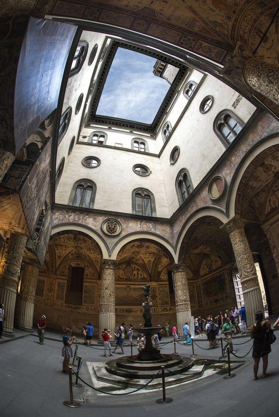 Palazzo+vecchio,+Piazza+della+Signoria+by+alberto+cicchino+on+500px