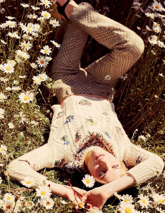 Elle Italia August 2015 Model: Eva Herzigova Photographer: David Burton Fashion Editor: Carola Bianchi: