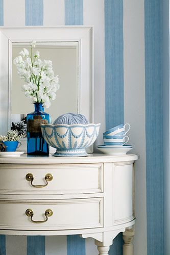 Blue and White and Stripes.: Stripes Colors, Powder Room, Blue Vignette, Beautiful Blue, Blue Stripes, Blue White Decor, Blue Striped Walls, Blue And White