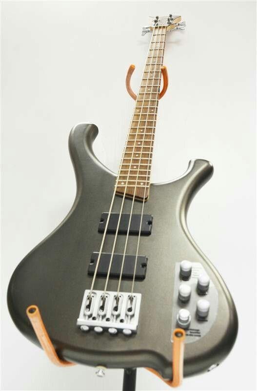 Washburn bass