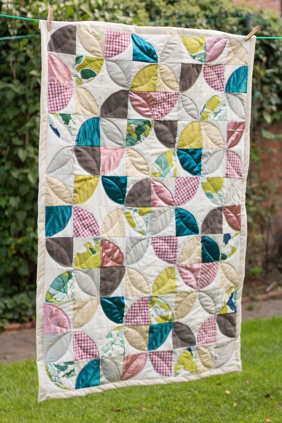 Self binding quilt. Simple design, first time quilting. Made for my niece xx
