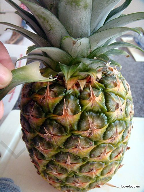 How to prepare a pineapple with minimum waste yep you