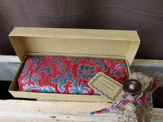 Lavender eye pillow Indian silk with zipper  red by KusalaGifts