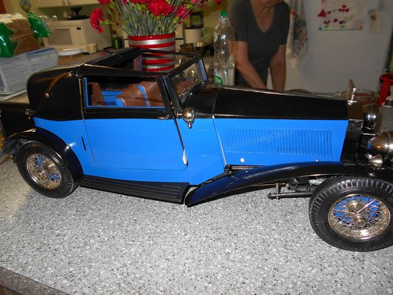 A 1:8 scaled model of a 1932 Rolls Royce Drop Head Sedanca Coupe.