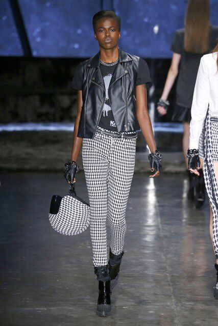 Karl Lagerfeld for Riachuelo | Spring 2017 Ready-to-Wear Collection - São Paulo | Vogue Runway