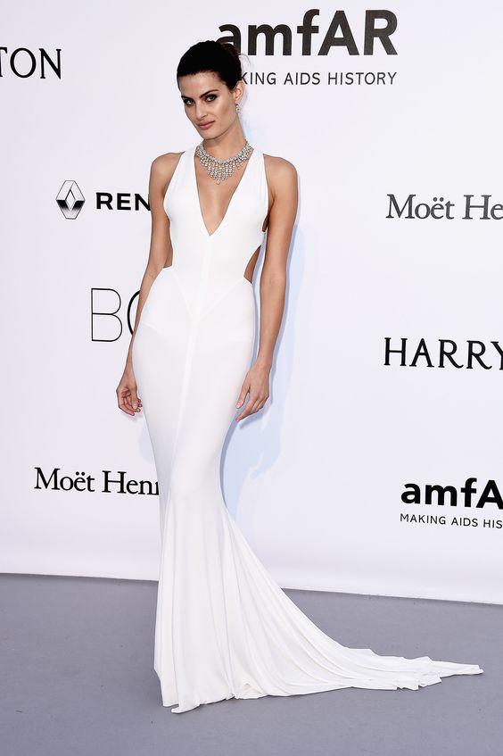 Isabeli Fontana au gala de l'amfAR 2016