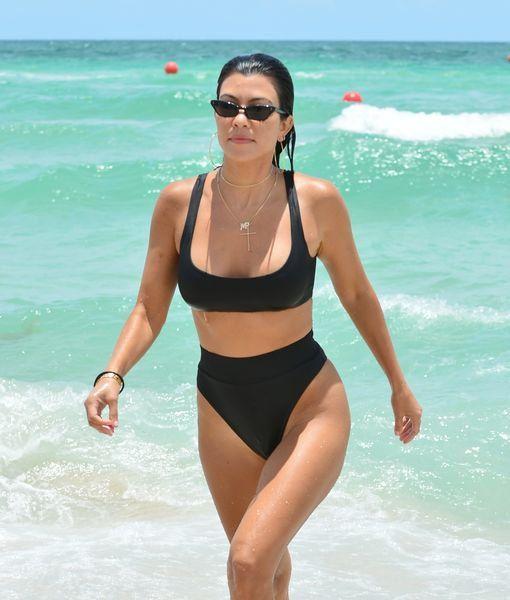 Venus Coupon Codes 20 Off Venus Coupons 15 Off Bikini Venus Bikinikardashian Bikinis Kourtney Kardashian Bikini Photos