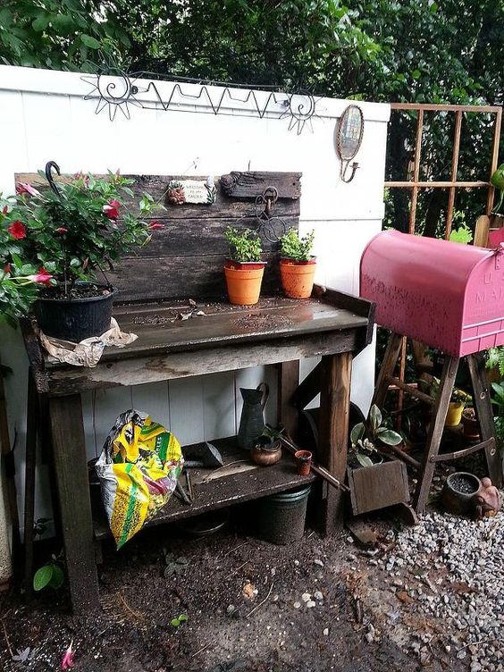 potting bench and mailbox, gardening, outdoor living
