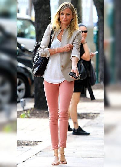 Camerondiaz, ピンクのジーンズ, ピンクデニム, ピンクのスキニージーンズ, 色のスキニージーンズ, スキニーパンツ, モードファム, 衣類, ファッションFemenina
